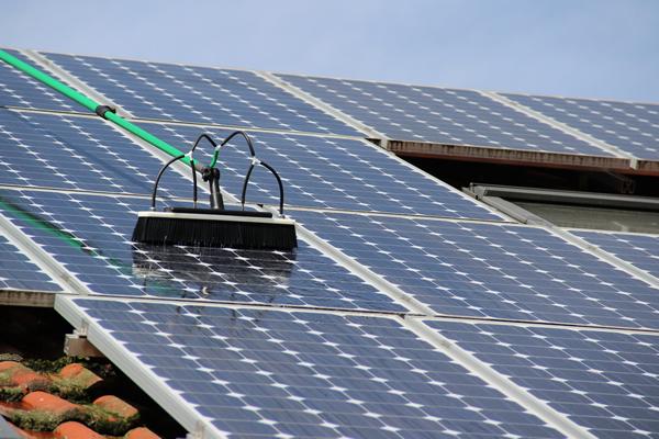 Pulizia pannelli fotovoltaici a Sondrio