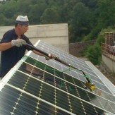 pulizie-industriali-pannelli-vialetti-vetrate-solari-sondrio-milano-belotti-HiFlo-CarbonTec
