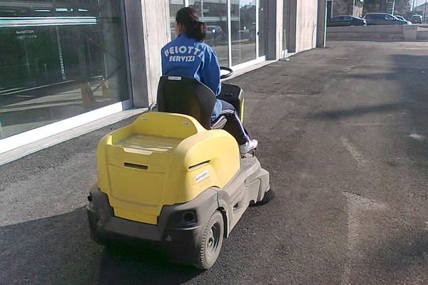 servizi-pulizie-industriali-sondrio-milano-albosaggia-belotti